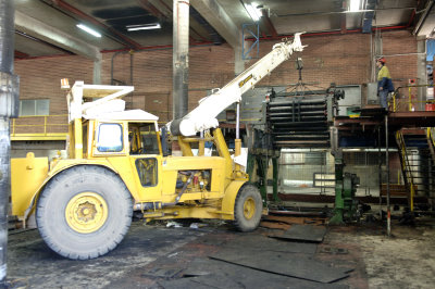 2Press crane lift resized for Web 1